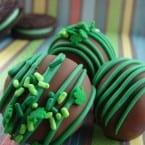 Mint Oreo Truffles from @KatrinasKitchen