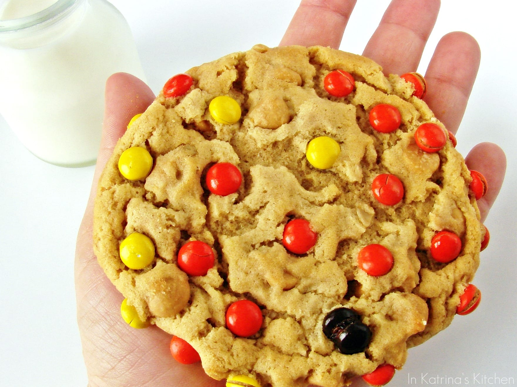 Soft Peanut Butter Oatmeal Cookies -