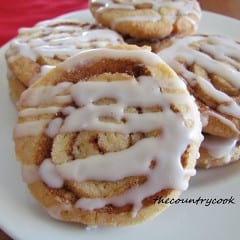 Cinnamon Roll Cookies from The Country Cook on @KatrinasKitchen