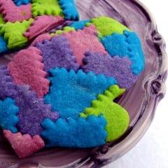 Patchwork Winter Mitten Cookies from @KatrinasKitchen