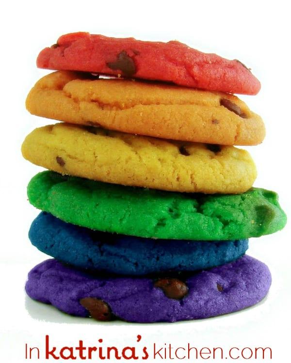 Rainbow Chocolate Chip Cookies Recipe from @katrinaskitchen