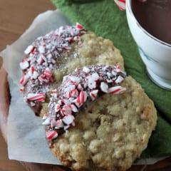 Oatmeal Peppermint Cookies from @Rachel {Baked by Rachel} www.inkatrinaskit... #BringtheCOOKIES