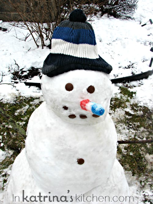 Popsicle Snowman | www.inkatrinaskitchen.com