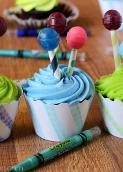 Kid-Friendly Cupcake Decorating