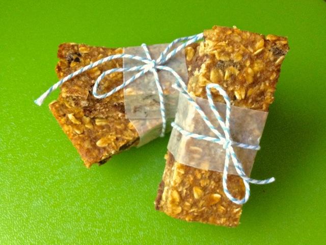 Pumpkin Chocolate Chip Bars - The Lemon Bowl