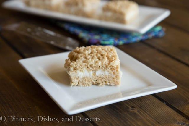 Pumpkin-Cake-Rice-Krispie-Treats-3