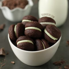 Soft-Chocolate-Mint-Sandwich-Cookies-2