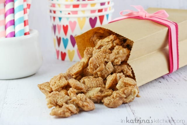 Cinnamon Cereal Toffee Crunch Recipe- enjoy it with festive M&Ms or plain. Either way it is addicitng and EVERYONE will be asking for the recipe.