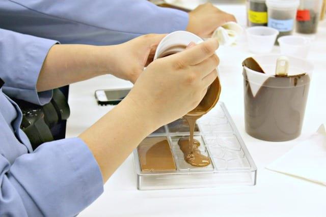 The Hershey Experience: Making Artisan Chocolate Bars