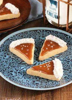 Salted Caramel Pie Slice Cookies