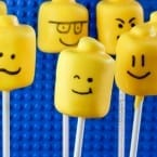 Marshmallow Lego Pops tutorial