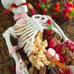 Creepy Halloween Dessert Table Skeleton